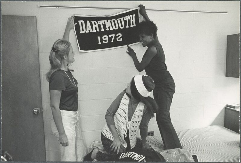 Three women moving into their dorm as Dartmouth goes co-ed in 1972